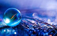 Macro crystal ball - Full HD Wallpaper