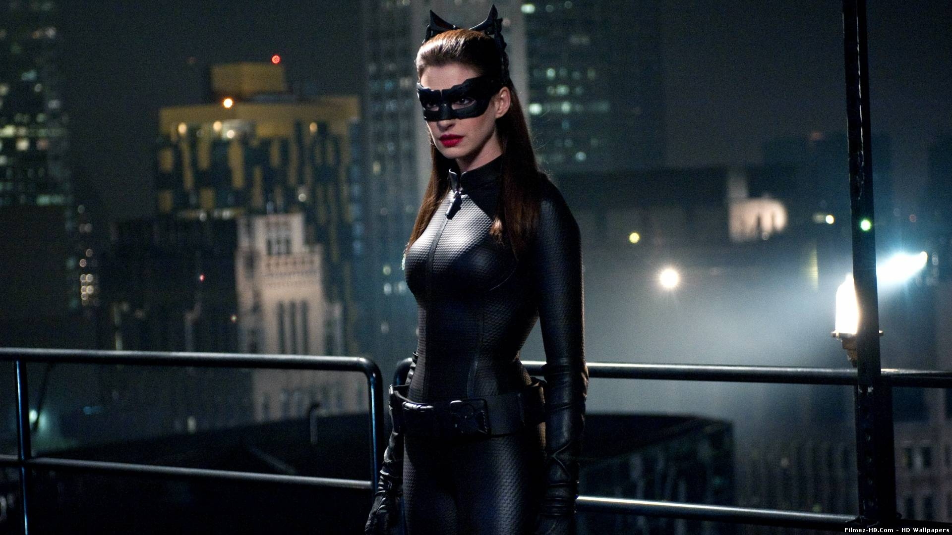 Anne Hathaway Catwoman Dark Knight
